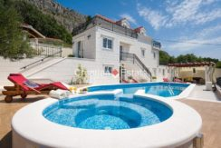 luxurious-omiš-real-estate-for-sale001