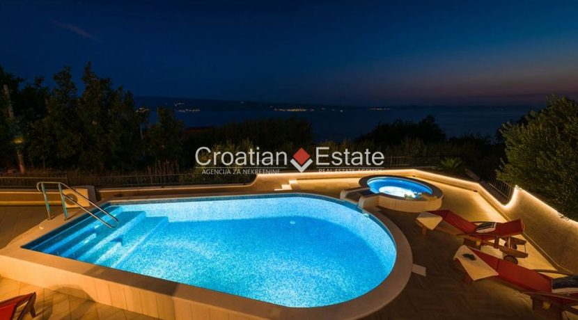 luxurious-omiš-real-estate-for-sale018
