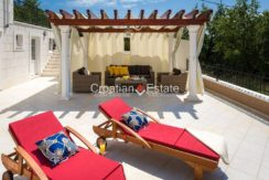 luxurious-omiš-real-estate-for-sale024
