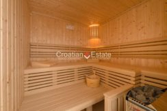 luxurious-omiš-real-estate-for-sale035