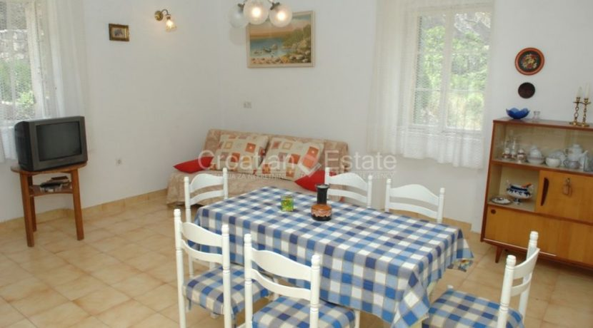 stone house for sale brac (12)