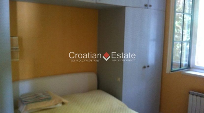 APARTMENT-for-sale-strozanac011