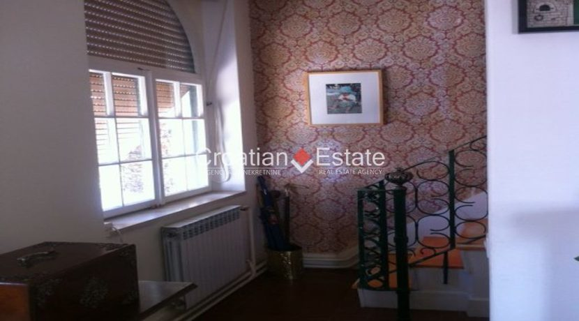 APARTMENT-for-sale-strozanac014