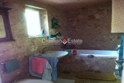 APARTMENT-for-sale-strozanac018