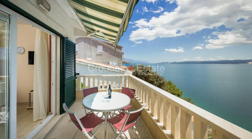 apartment villa for sale seafront beach direct for sale Omis (13)