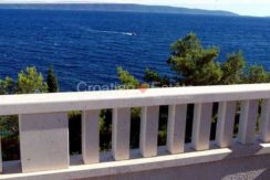 Ciovo Trogir villa for sale seafront sea direct pool (14)