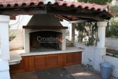 Ciovo Trogir villa for sale seafront sea direct pool (15)