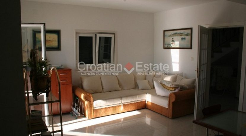 Ciovo Trogir villa for sale seafront sea direct pool (4)