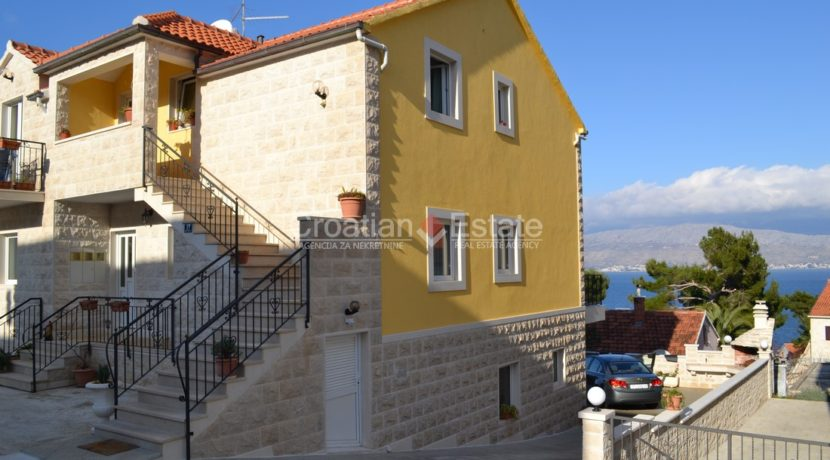 Island Brac apartments for sale