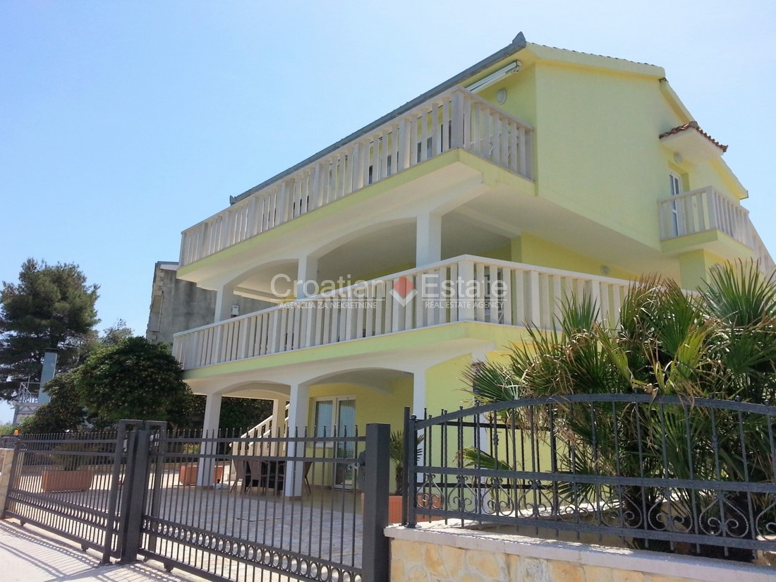Island Čiovo, seafront villa with apartments for sale
