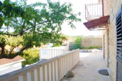 familay house brac sea view for sale (11)