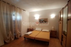 familay house brac sea view for sale (9)