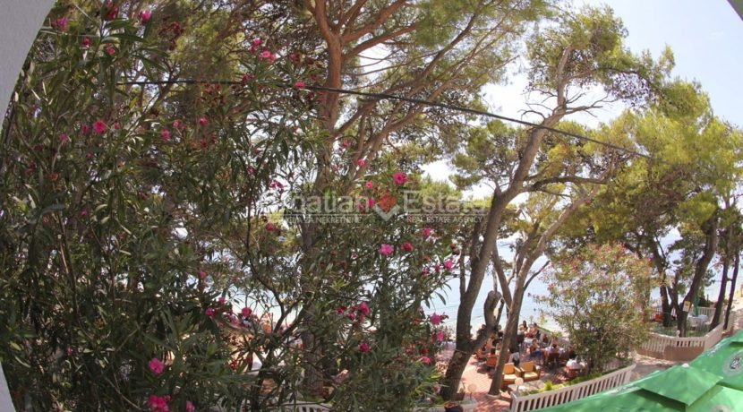 hotel direct beach sea realestate property (22)