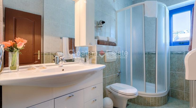 hotel for sale croatia dalmatia trogir real estate (14)