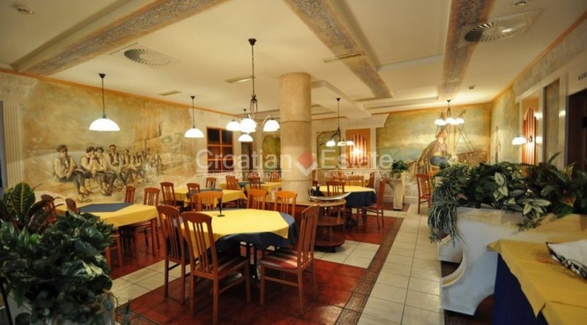 hotel for sale croatia omis croatian (14)