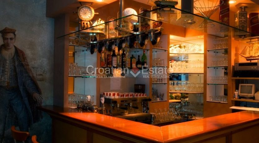 hotel for sale croatia omis croatian (5)
