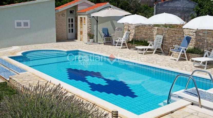 korcula vela luka house pool for sale croatian (31)