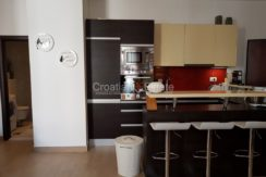 split apartment business nice new two in one (6)