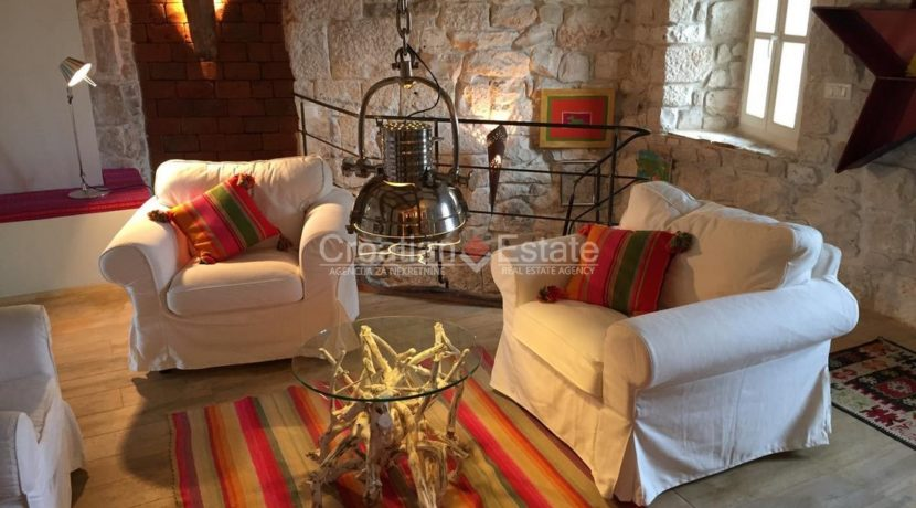 stone house villa brac sland sea view for sale (4)