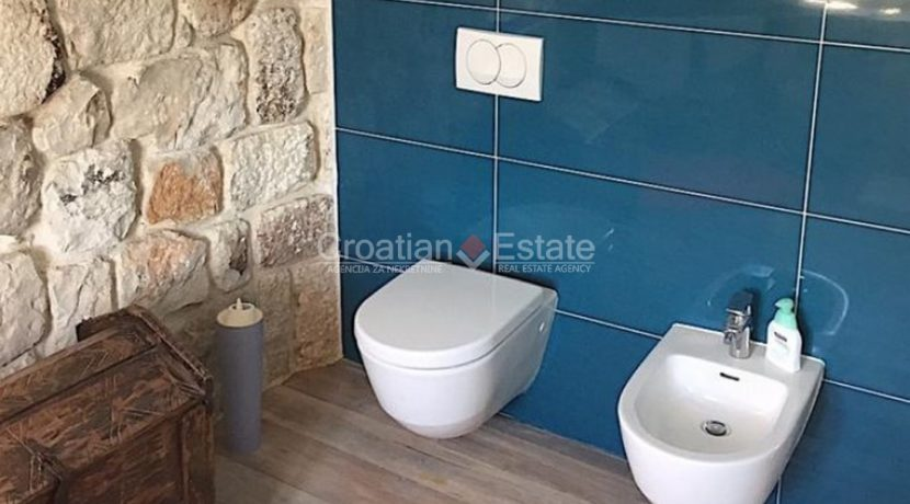 stone house villa brac sland sea view for sale (8)