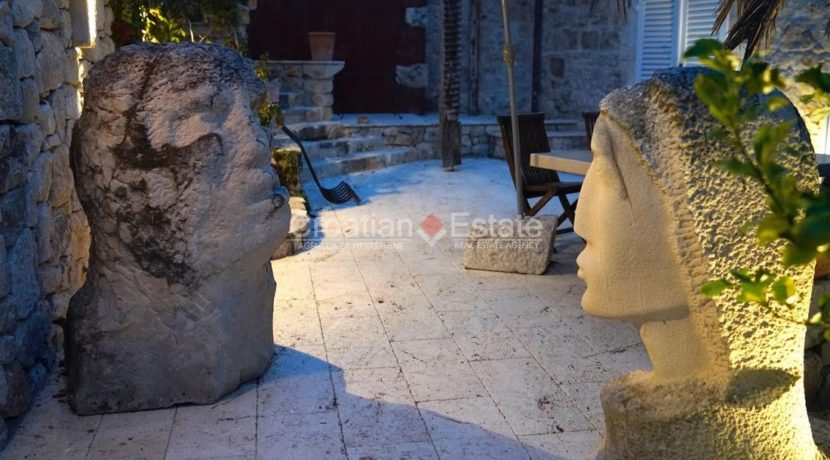 stone house villa brac sland sea view for sale (9)