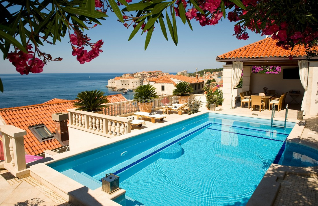 Dubrovnik, exclusive stone villa with pool for sale