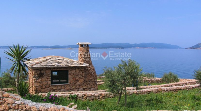 Peljesac, seafront big plot (19)