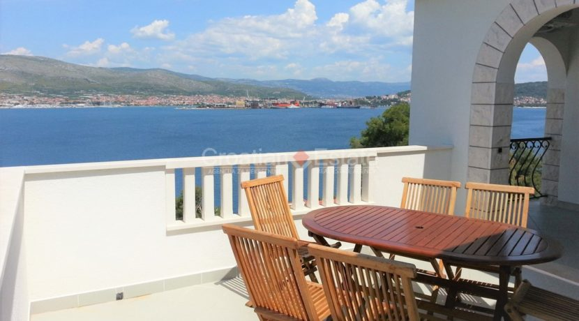Trogir Ciovo House view pool (16)