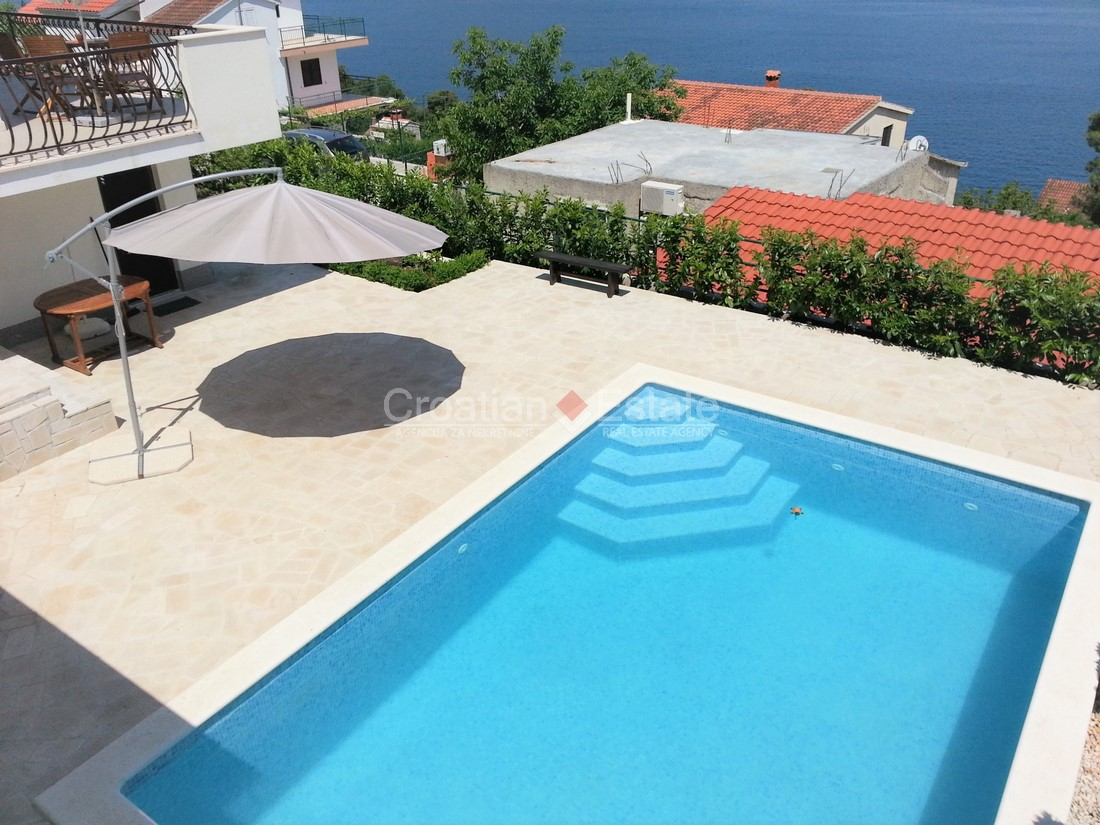 Island Čiovo, beautiful house with swimming pool for sale ...