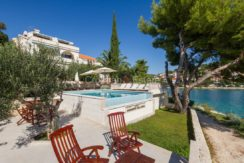 Trogir ciovo villa house pool seafront direct sea view (1)