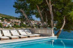 Trogir ciovo villa house pool seafront direct sea view (12)