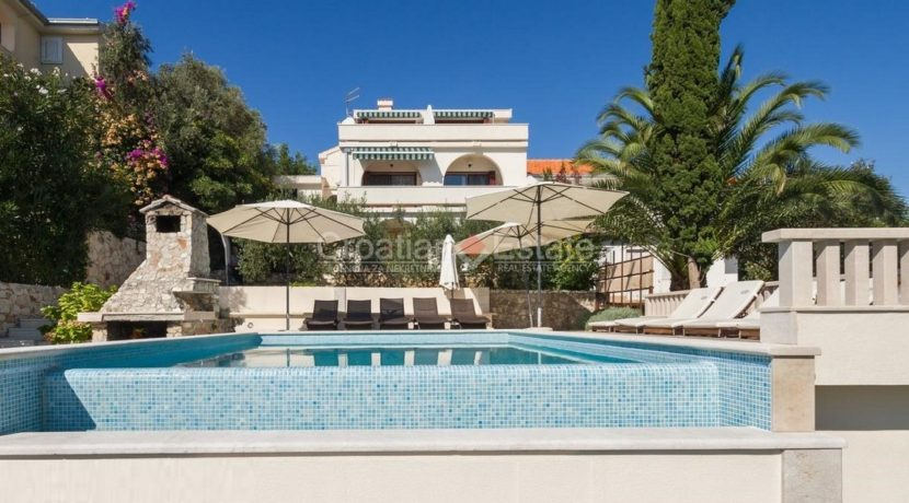 Trogir ciovo villa house pool seafront direct sea view (3)