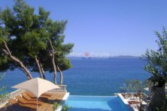 Trogir ciovo villa house pool seafront direct sea view (9)