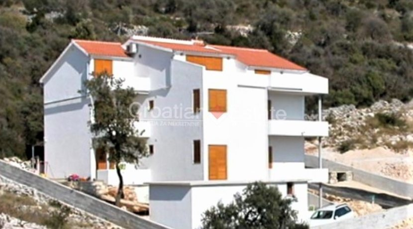 apartment house trogir for sale sea view (1)