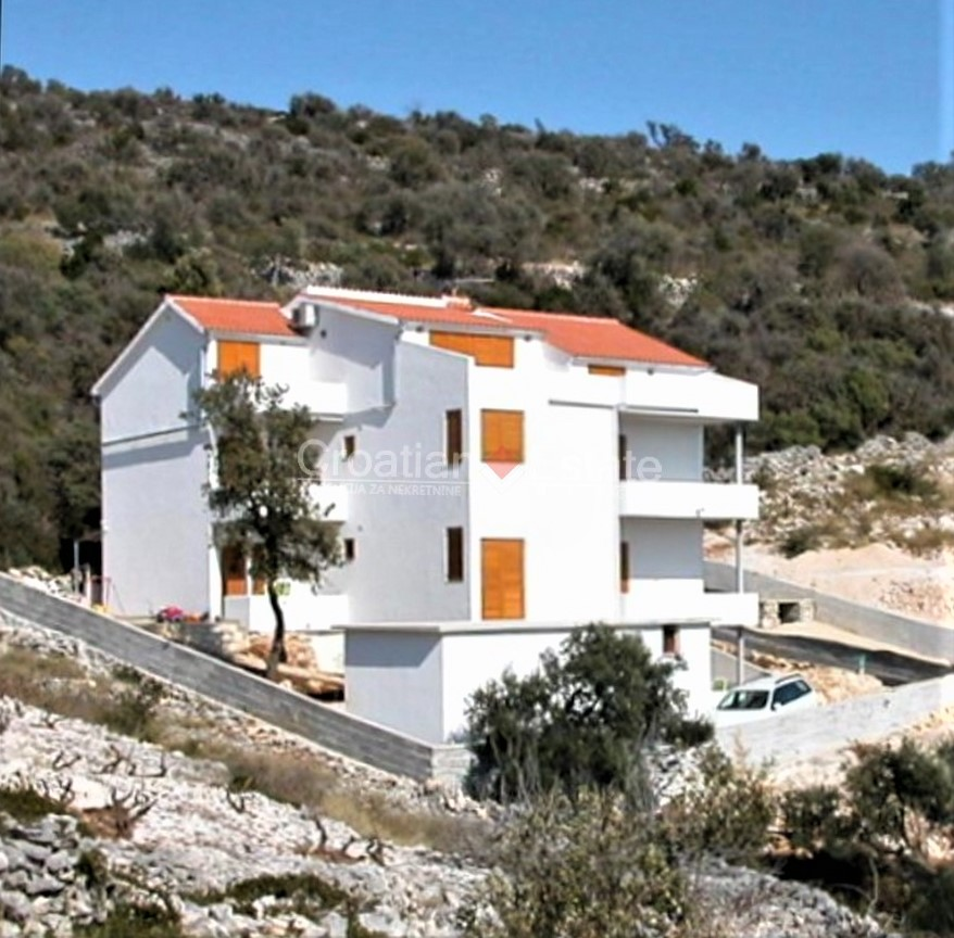Rogoznica, house with apartments and sea view for sale