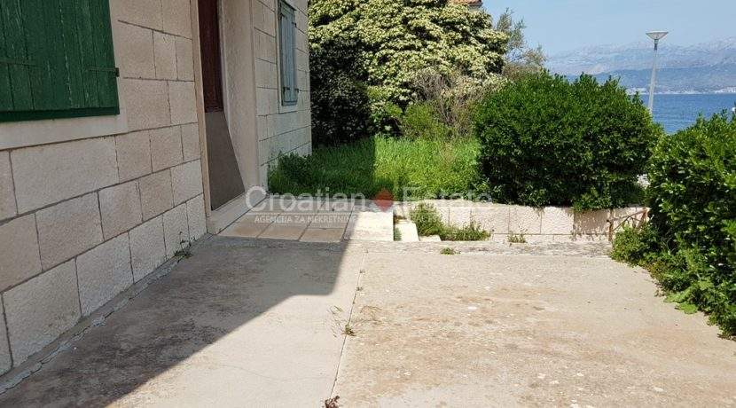 brac postira stone old villa first row seafront for sale (6)