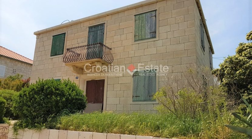 brac postira stone old villa first row seafront for sale (8)