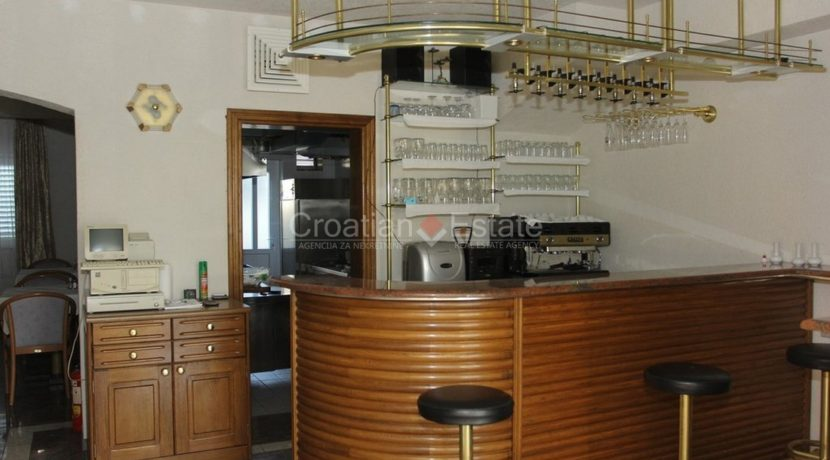 brac supetar hotel for sale (7)