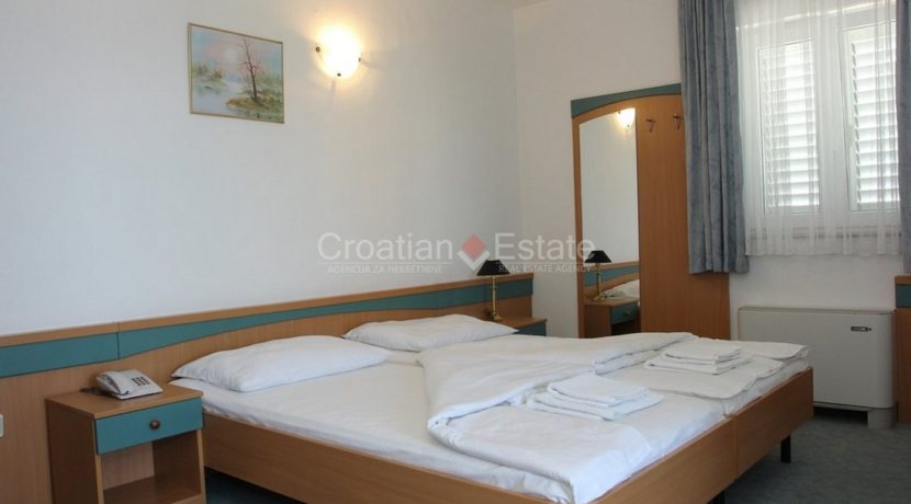brac supetar hotel for sale (9)