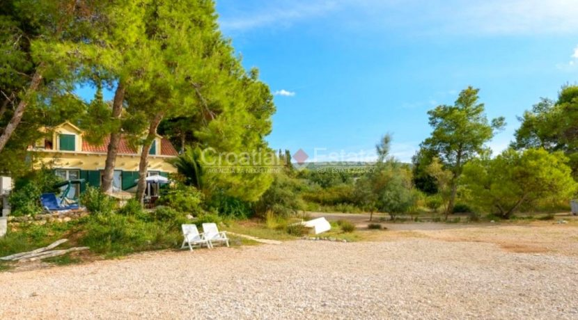 brac supetar house villa seaftont sea pool for sale zum verkaufen beach (10)