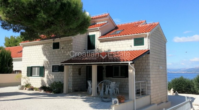 brac villa seafron pool for sale (1)