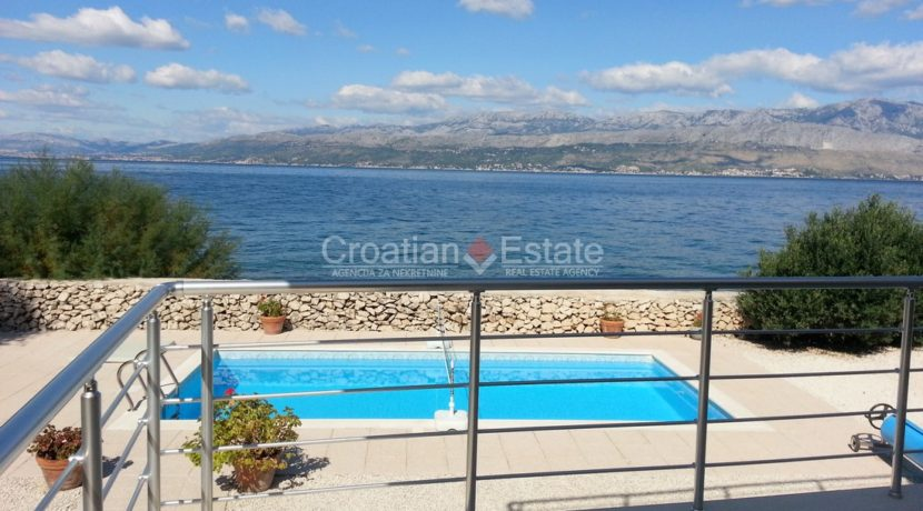brac villa seafron pool for sale (7)