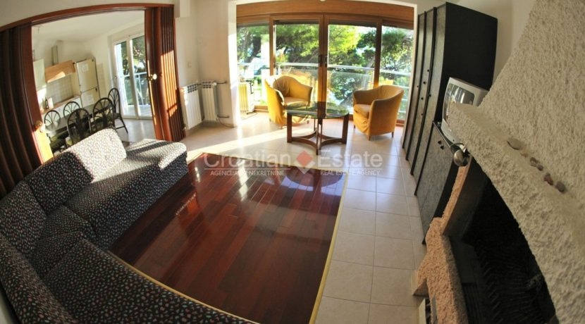 hotel direct beach sea realestate property (10)