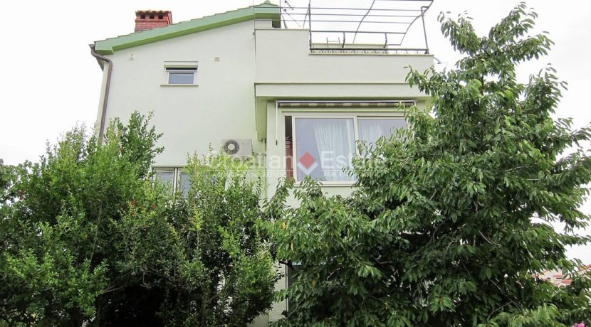 house for sale in split excelent location business (1)
