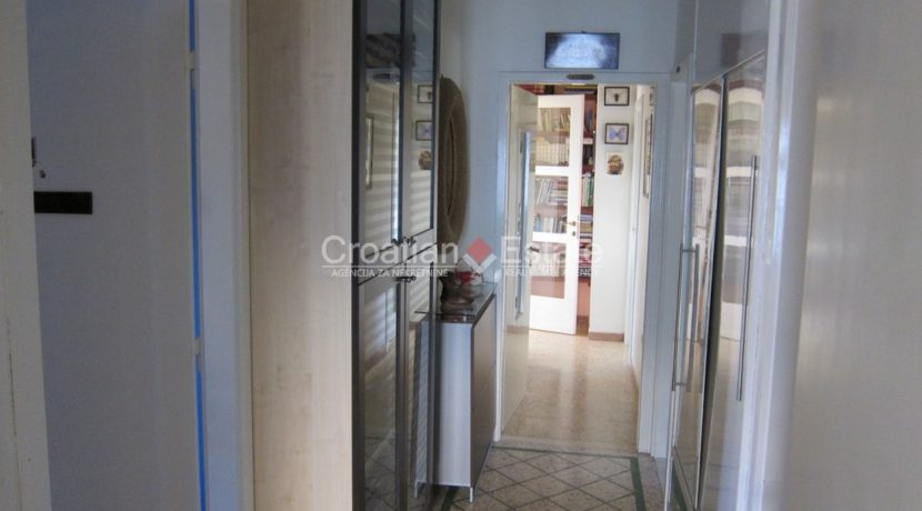 house for sale in split excelent location business (12)
