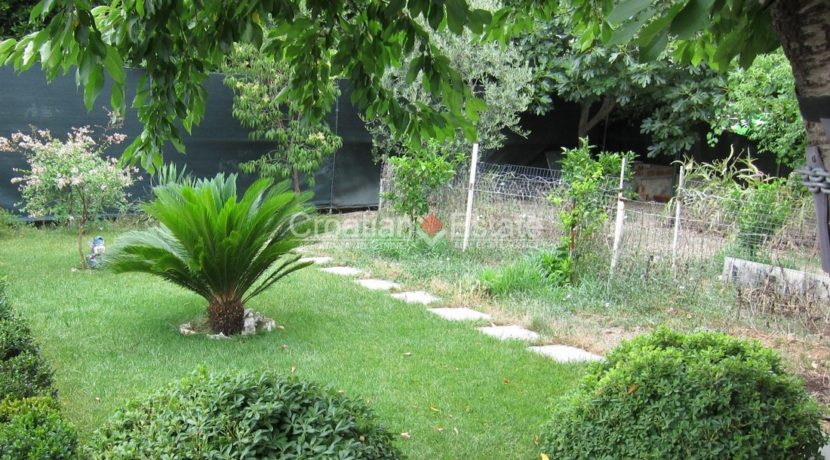 house for sale in split excelent location business (16)