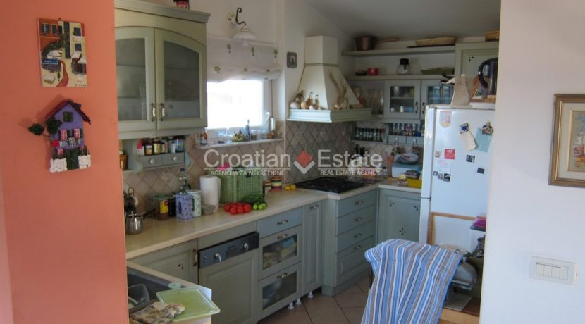 house for sale in split excelent location business (2)