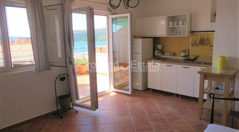house for sale near trogir sea view (11)