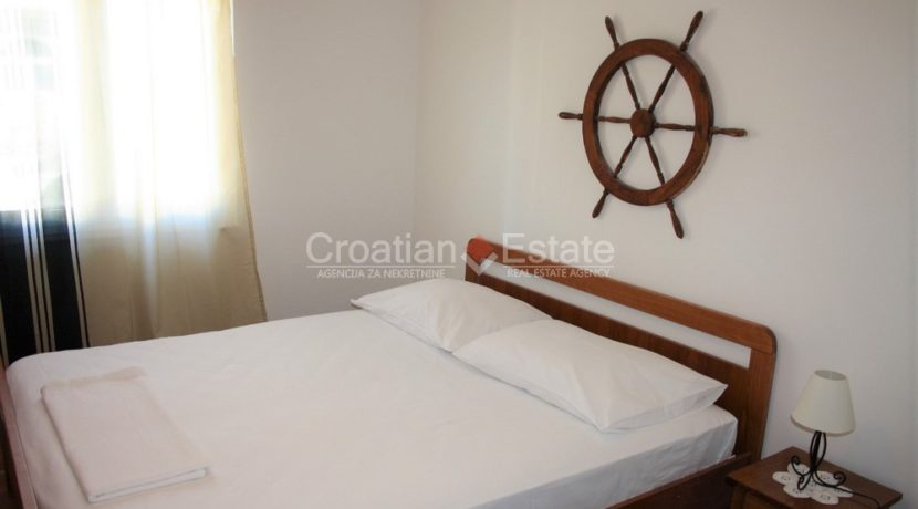 house for sale near trogir sea view (14)