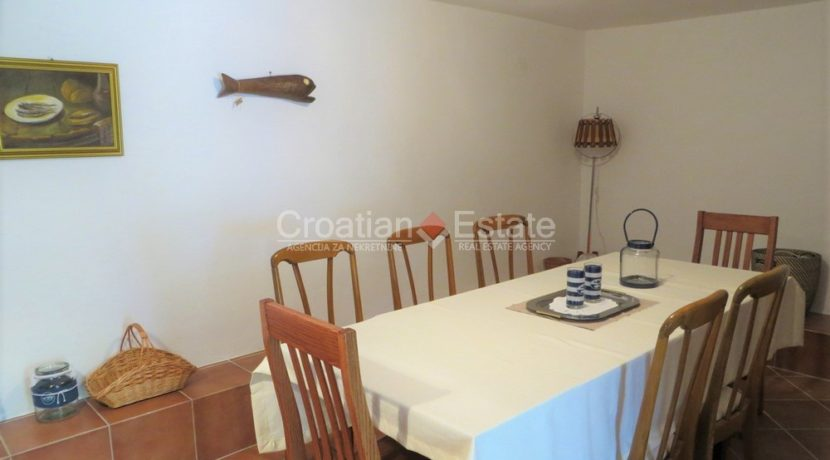 house for sale near trogir sea view (15)